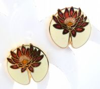 Vintage Cloisonne Enamel Water Lily Flower Clip On Earrings By Sea Gems